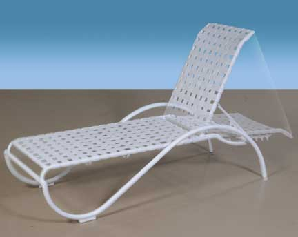 white outdoor chaise lounge 2